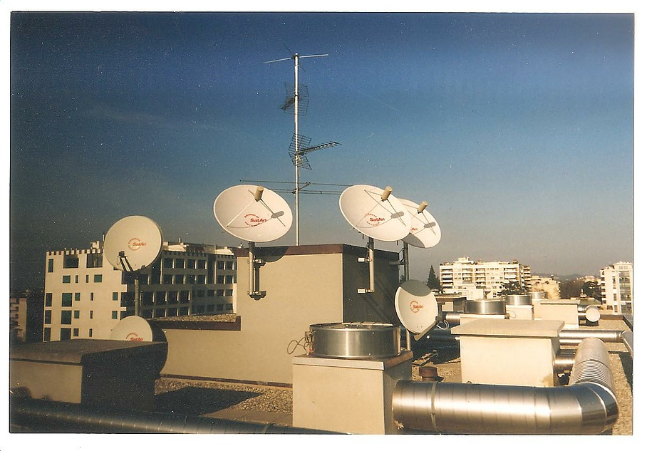 Installations antennes satellites - ACS Suisse - Chên bourg